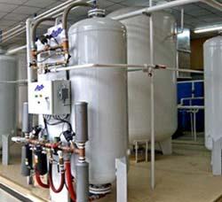 氧气汇流排间设计示例